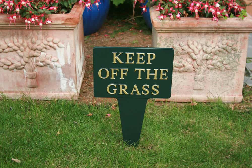 Garden signs to push into the ground