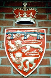 Cast metal duchy of lancaster crest in its glorious colours