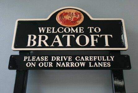 Bratoft village sign finished and assembled on steel posts