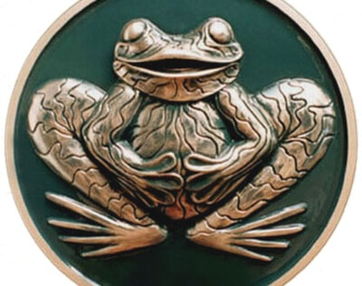 British frog sign cast in metal and finished in green and gold